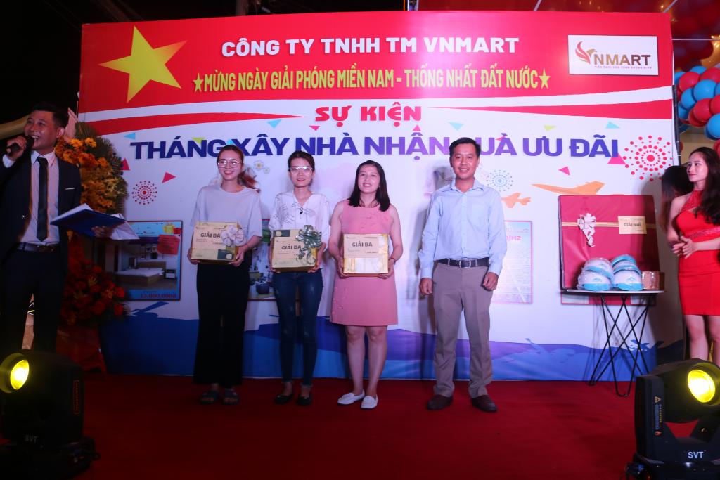 Lộ diện loạt chủ nhân những giải thưởng của chương trình hoạt náo VNMart - Ảnh 4